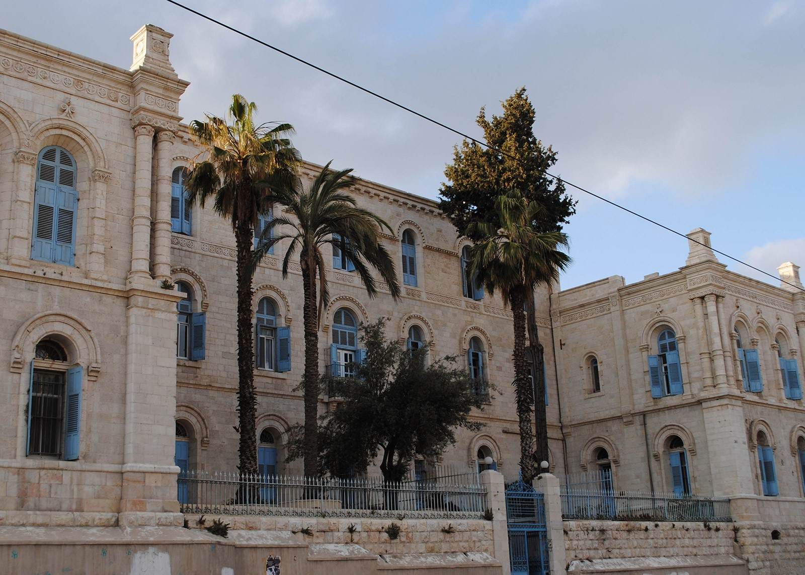 """Today's """"Saint Louis Hospital"""" in Jerusalem is the successor institution to the """"St. Ludwig"""" hospital which Arnold co-founded in October 1851 for patients of all religions and nationalities.  CC BY 2.0 / Photo: Paulina Zet, Vered Hasharon"""